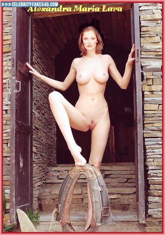 Alexandra Maria Lara Naked 25