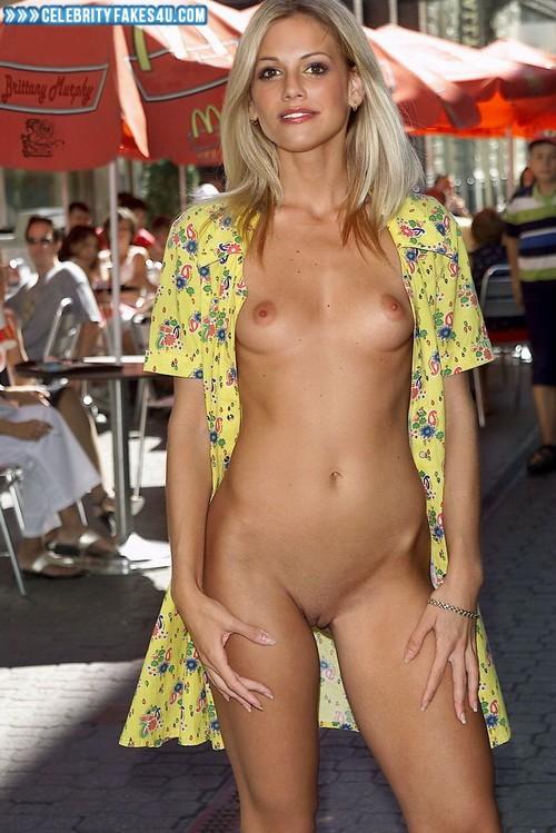 Fakes nude Britney murphy