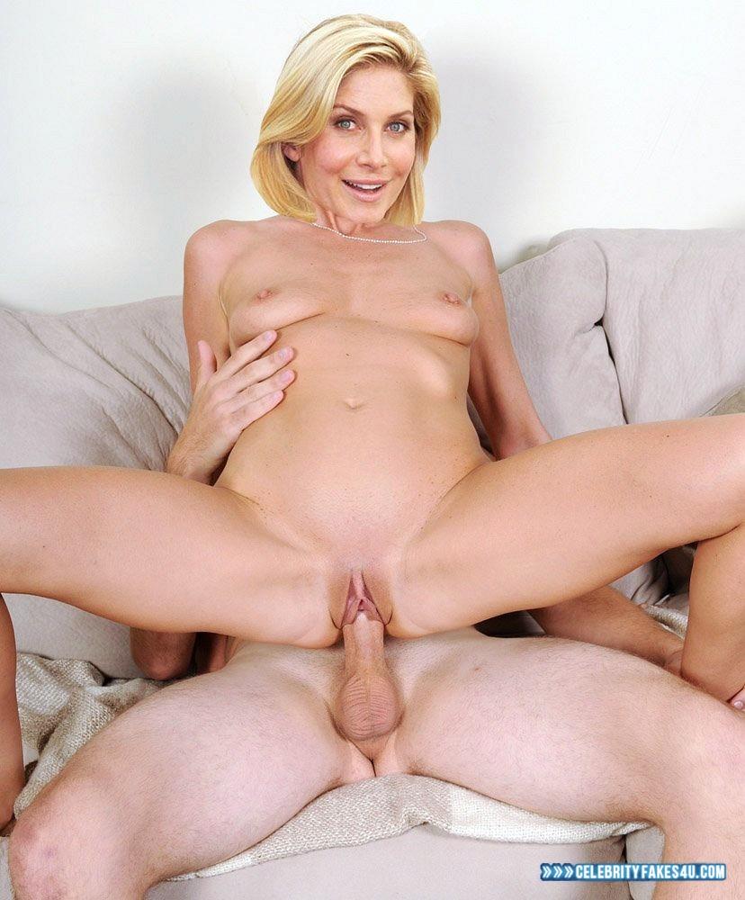 Angelina Jolie, Elizabeth Mitchell In Gia
