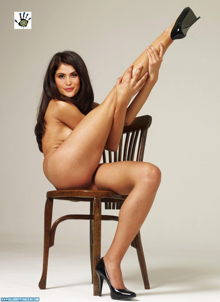 Gemma Arterton Naked Legs Fake 001  Celebrityfakes4Ucom-2805