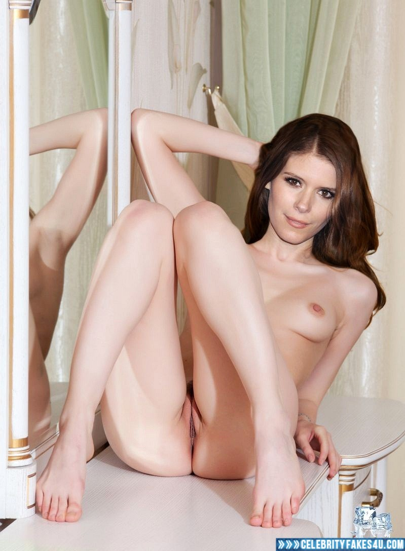 Sexy celeb Kate Mara gets eaten -
