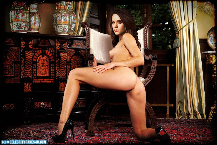 Линдси фонсека фото голая